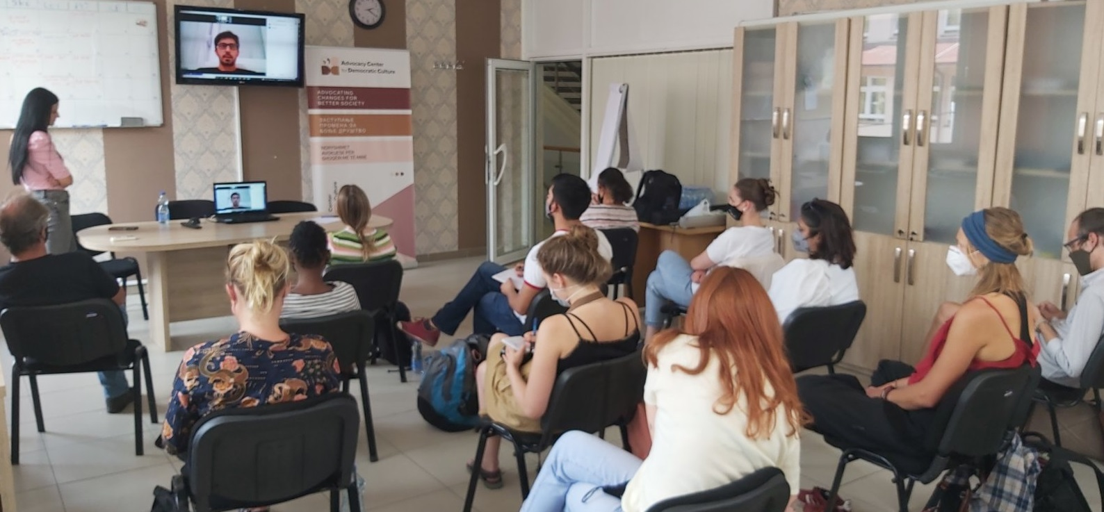 visit-of-the-students-of-european-masters-degree-in-human-rights-and-democratization-ema